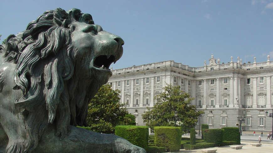 Vluchten naar Madrid, Spanje